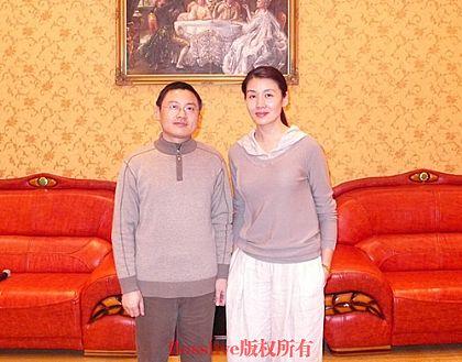 市场部组织观看黄梅戏皇后韩再芬湖北演出